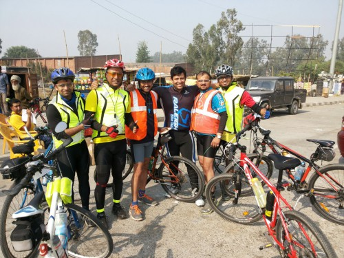 South est Riders at the first time station - Panipat toll - all 300 riders